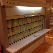 Kardex Lektriever 115-1710 mit Dokumenten gefüllt